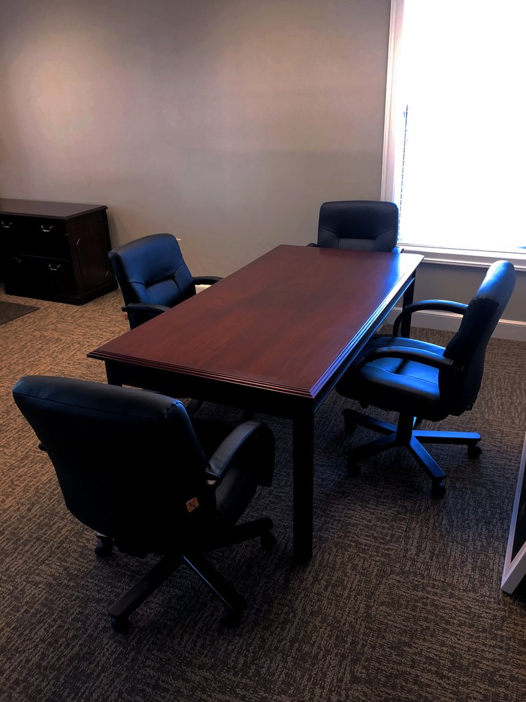 Small_Conference_Table_1024x1024