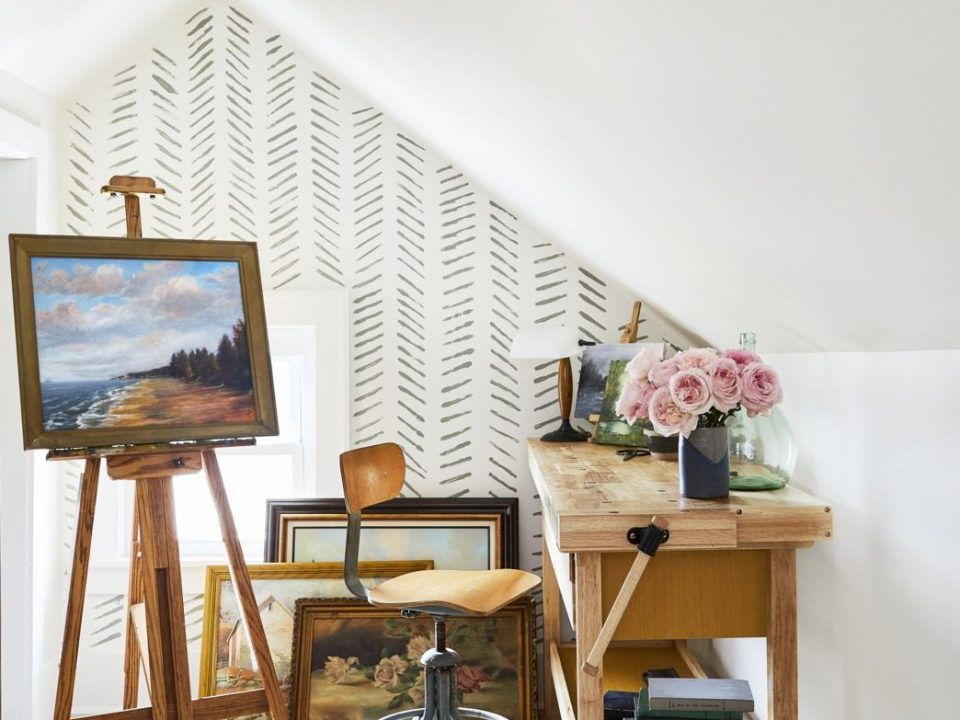 decorating a home office